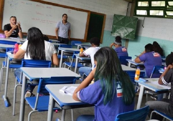 Para 79% dos brasileiros, reabertura de escolas agravará a pandemia, aponta Datafolha