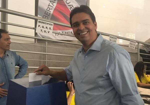 Pré-candidato a vereador é morto a tiros por irmão de prefeito após live em Minas Gerais; veja vídeo
