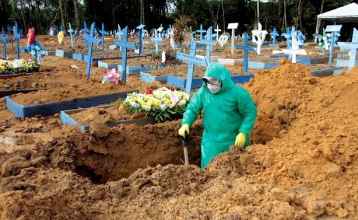 Brasil se aproxima de 140 mil mortos e 4,7 mi de infectados