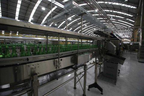 Decisão judicial pode encerrar atividades de fábrica da Heineken em Alagoinhas