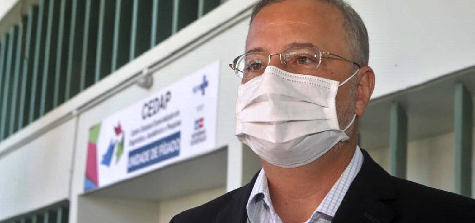 Público geral não será vacinado antes do 2º semestre de 2021, diz secretário de Saúde