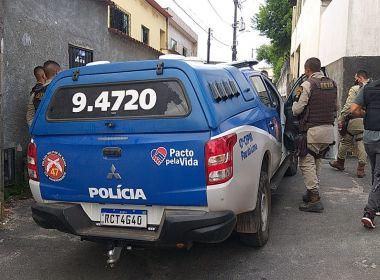 Suspeito de depredar viatura da PM em Salvador é detido