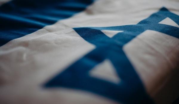 Israel acelera vacinação e quer sair da pandemia em março; ritmo é o mais rápido do mundo