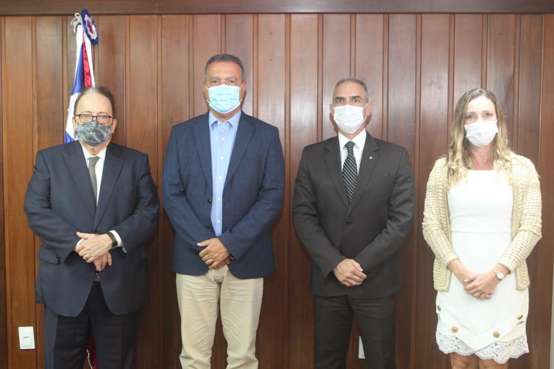 Governador anuncia novos secretário e subsecretário da SSP e delegada-geral da Polícia Civil