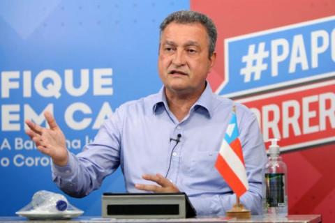 """""""Está difícil assistir jogos de Bahia e Vitória"""", alfineta Rui Costa"""