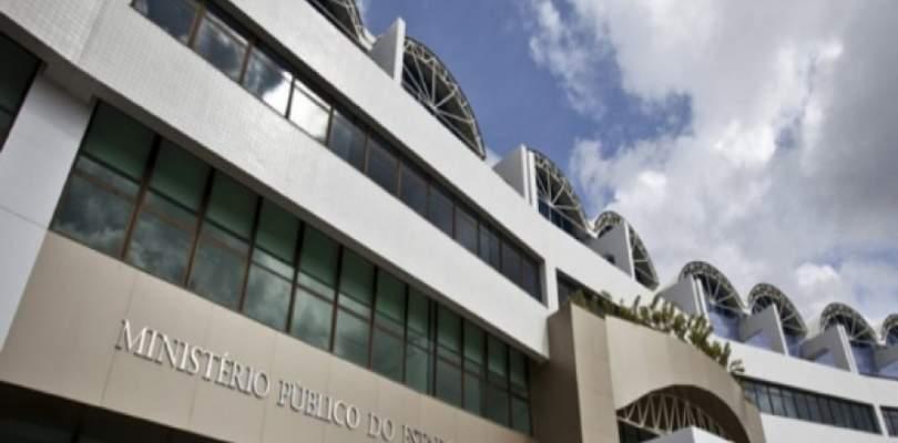 'Furadores' de fila da vacinação contra o novo coronavírus na Bahia serão processados