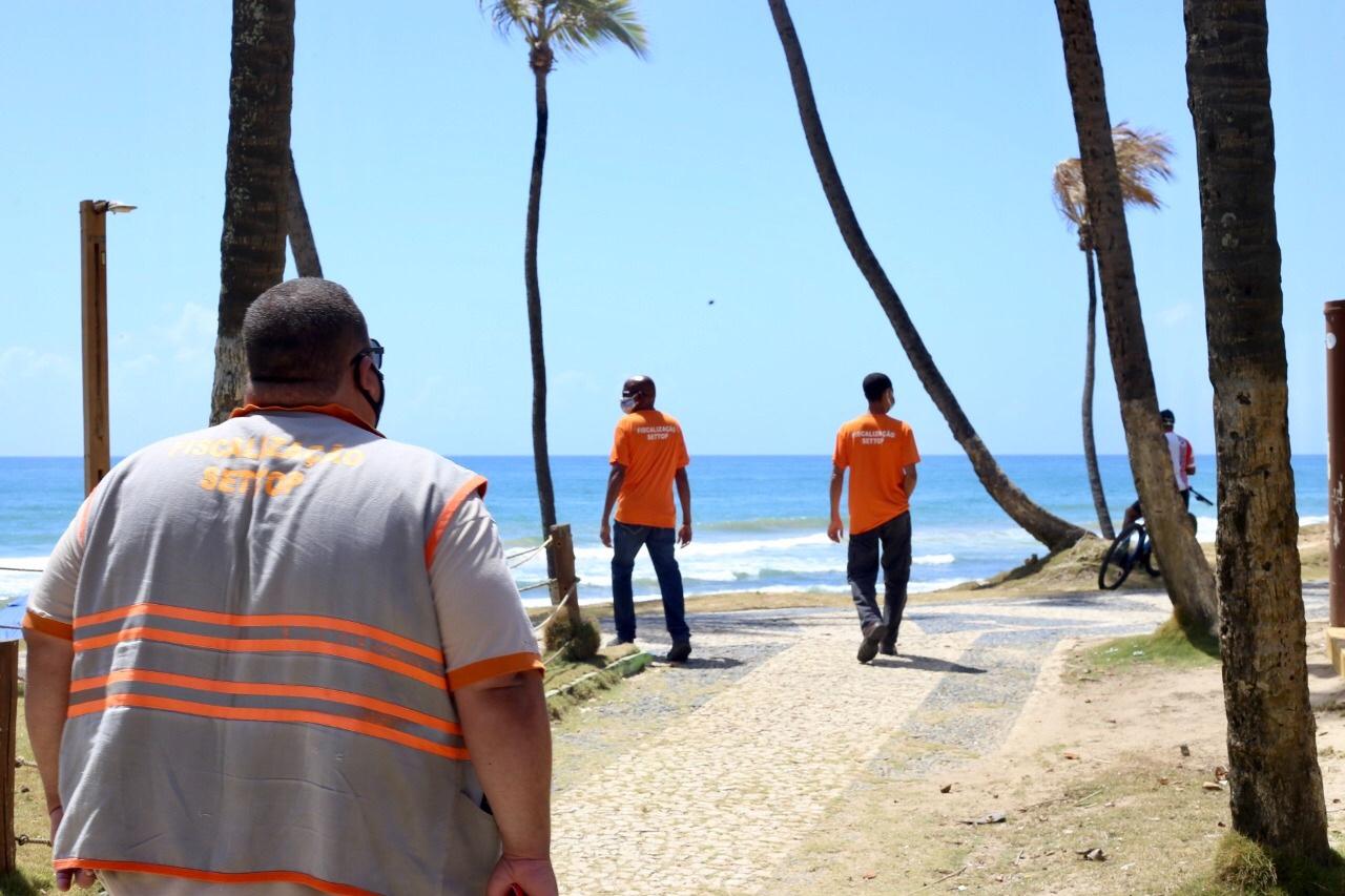 ecreto mantém proibição de comércio ambulante nas praias e prorroga medidas de combate a pandemia em Lauro de Freitas