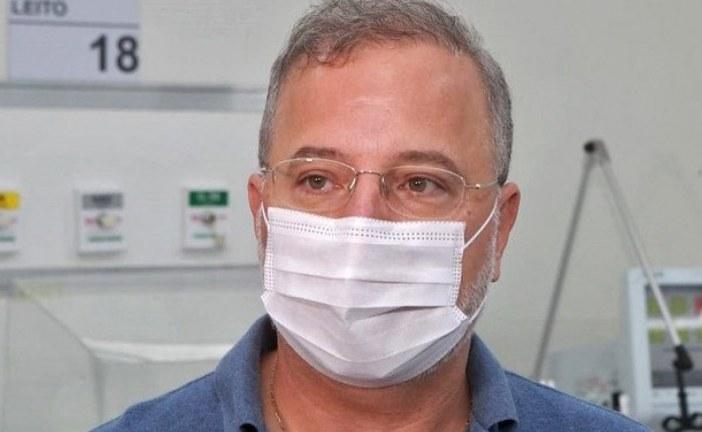 'Você vai ser contaminado e vai parar na UTI', diz Fábio Vilas-Boas para jovens que desrespeitam isolamento