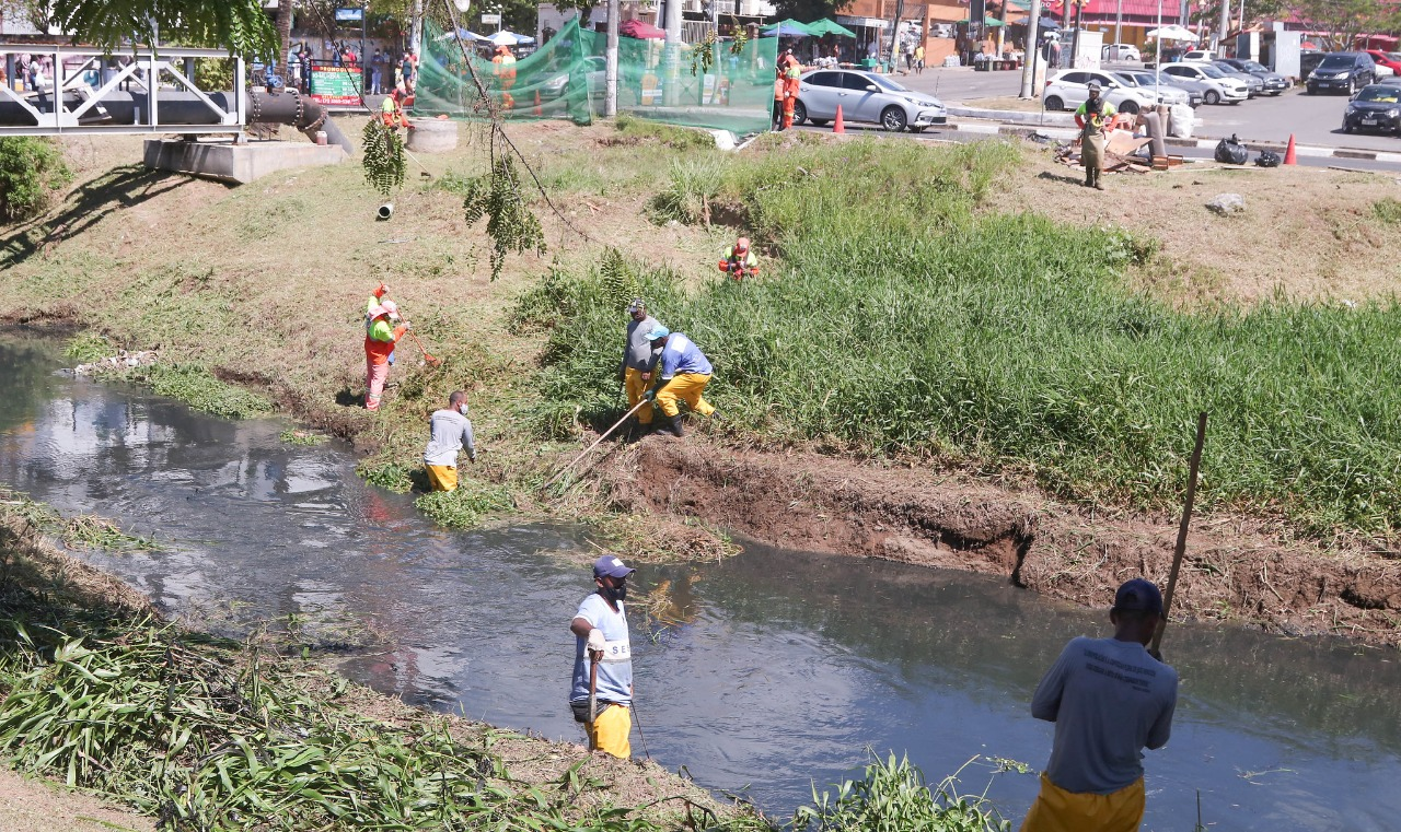 Prefeitura reforça ações preventivas para evitar ocorrências no período de chuva