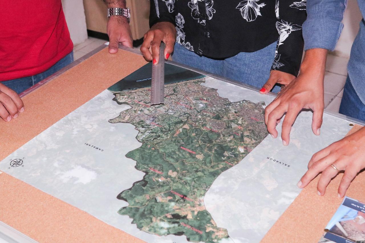 Defesa Civil de Lauro de Freitas atualiza mapa de áreas de risco em períodos de chuva