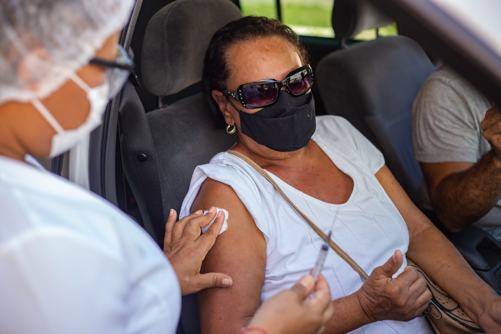 Mais de 6 mil pessoas já receberam a segunda dose da vacina contra Covid-19 em Lauro de Freitas