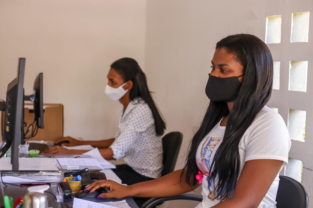 Centro de Referência Lélia Gonzalez celebra 15 anos de atendimento às mulheres vítimas de violência em Lauro de Freitas