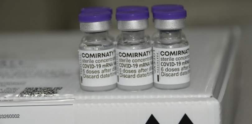 Brasil recebe 629 mil doses da vacina da Pfizer nesta quarta