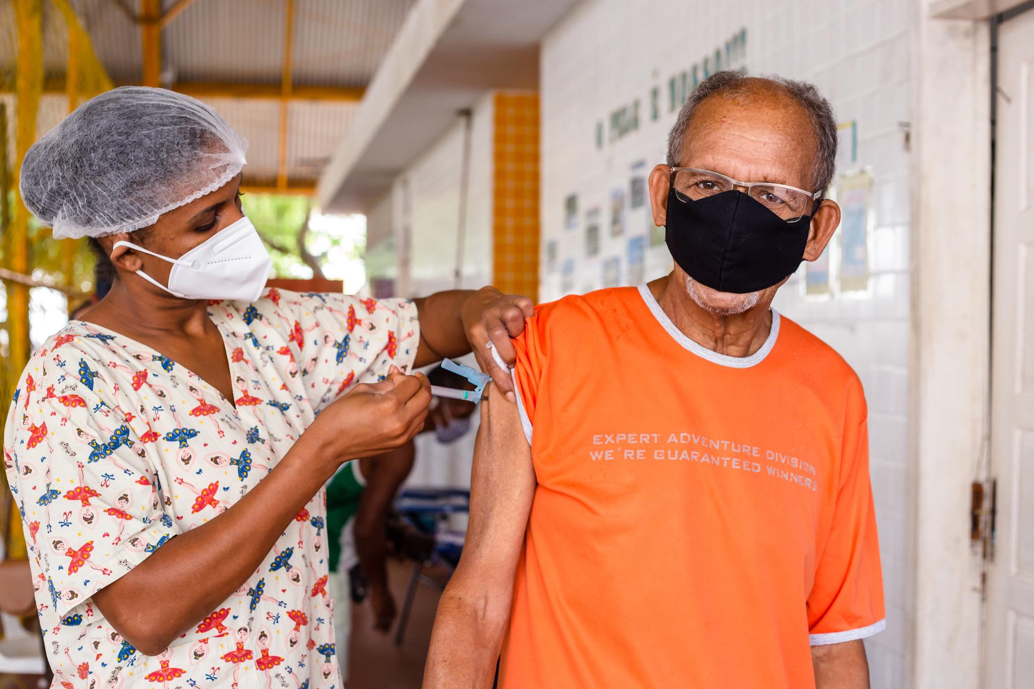 Lauro de Freitas retoma vacinação da 1ª dose contra a Covid-19 nesta terça-feira (11)