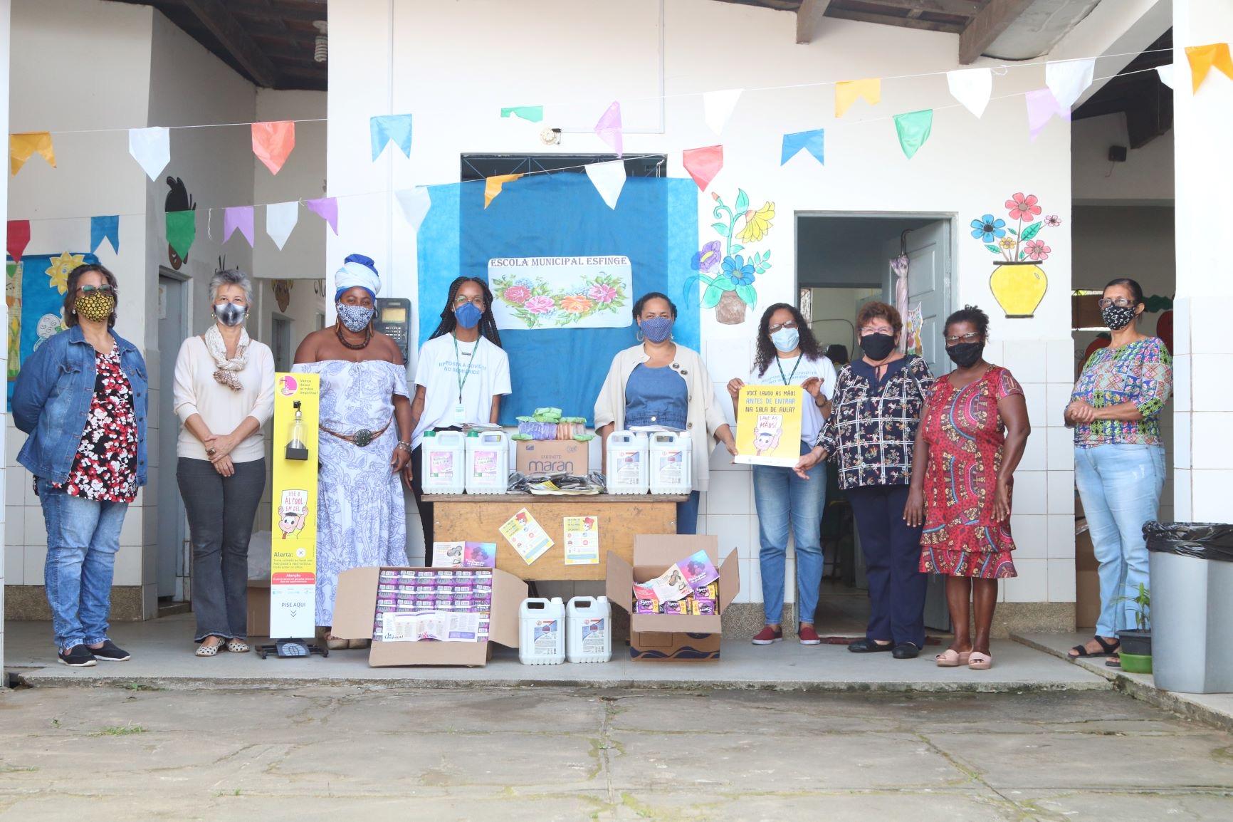 Unicef e AVSI Brasil entregam kits de higiene para escolas municipais de Lauro de Freitas