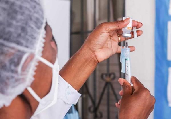 Vacinas da Pfizer e Moderna podem gerar imunidade por anos, aponta estudo