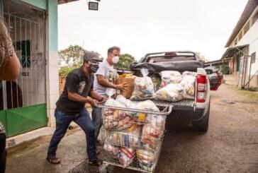 Alimentos arrecadados no Drive Thru Ecológico são entregues às instituições de Lauro de Freitas