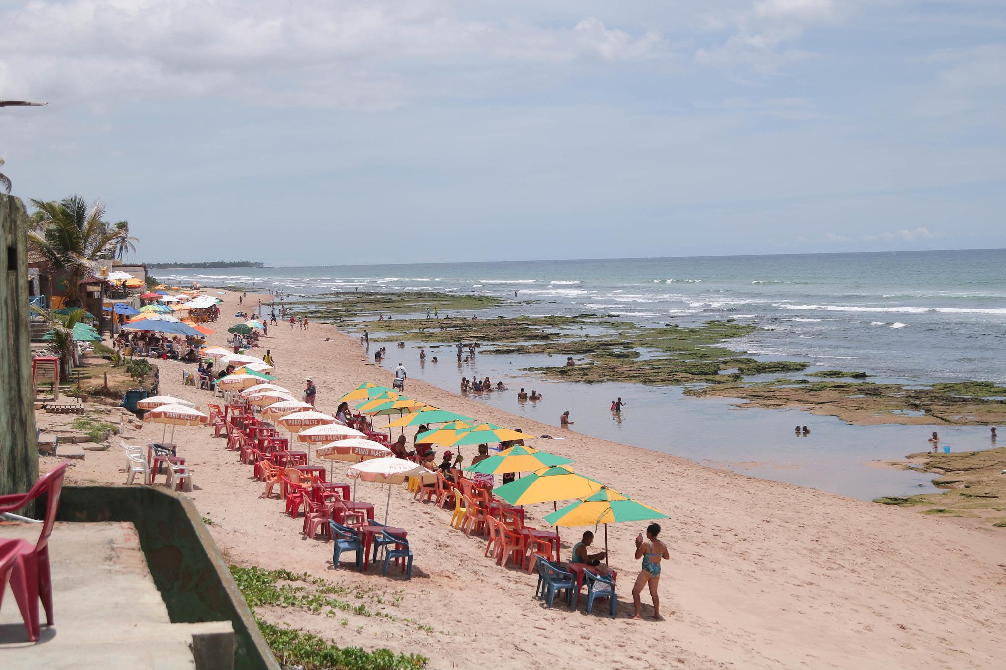 Lauro de Freitas libera o funcionamento de cinemas, casas de espetáculos e acesso às praias