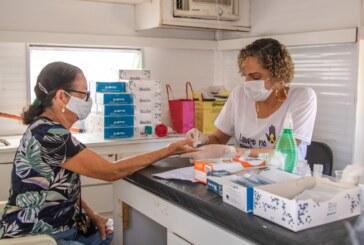 Ação do Julho Amarelo realiza testagem rápida, vacinação e orientações no pé do Oiti