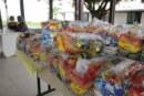 Kits alimentação guardados em escola de Vida Nova estão à espera de pais que não foram buscá-los em julho