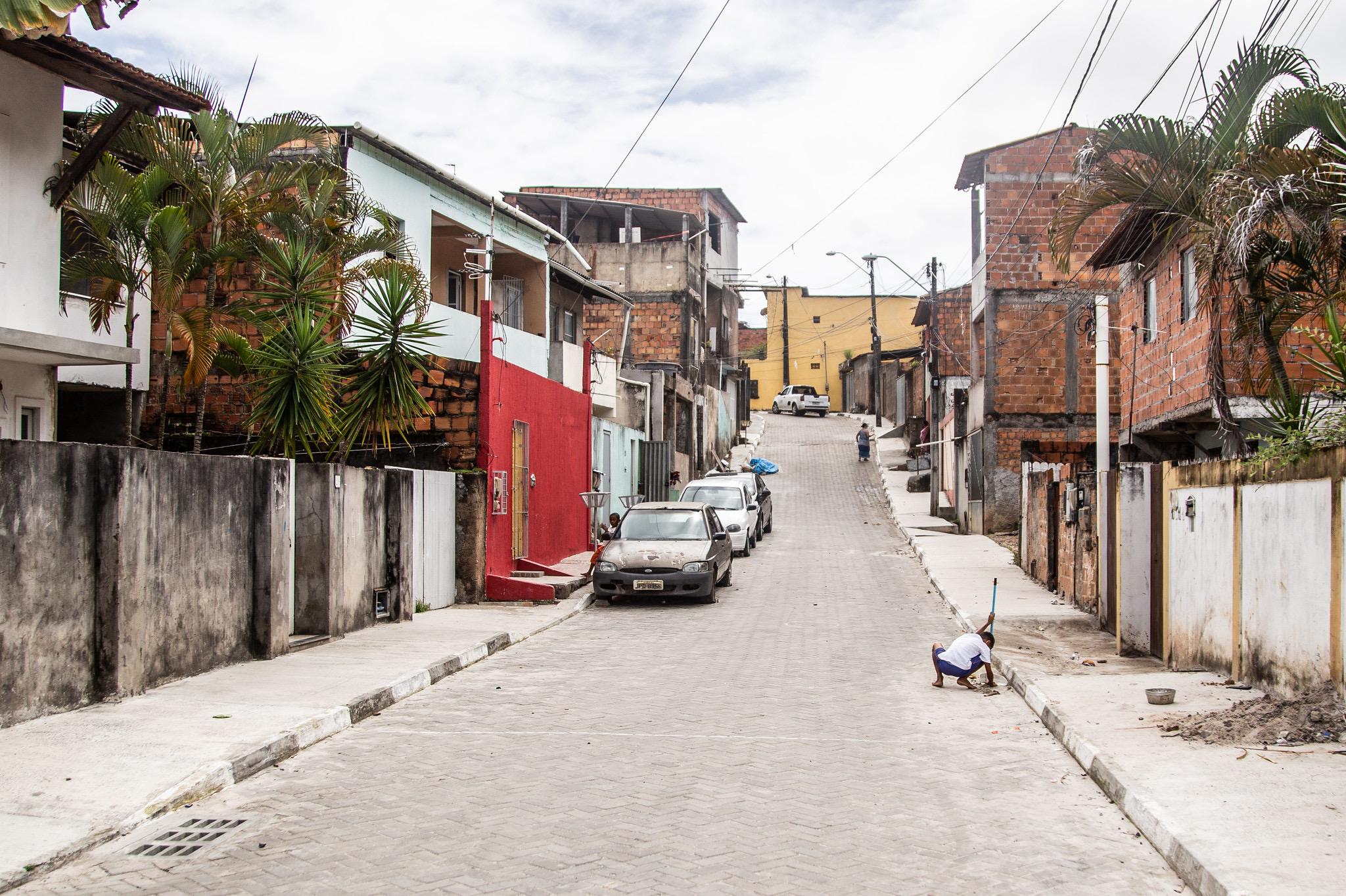Prefeitura entrega pavimentação de quatro ruas no bairro de Portão neste sábado (21)