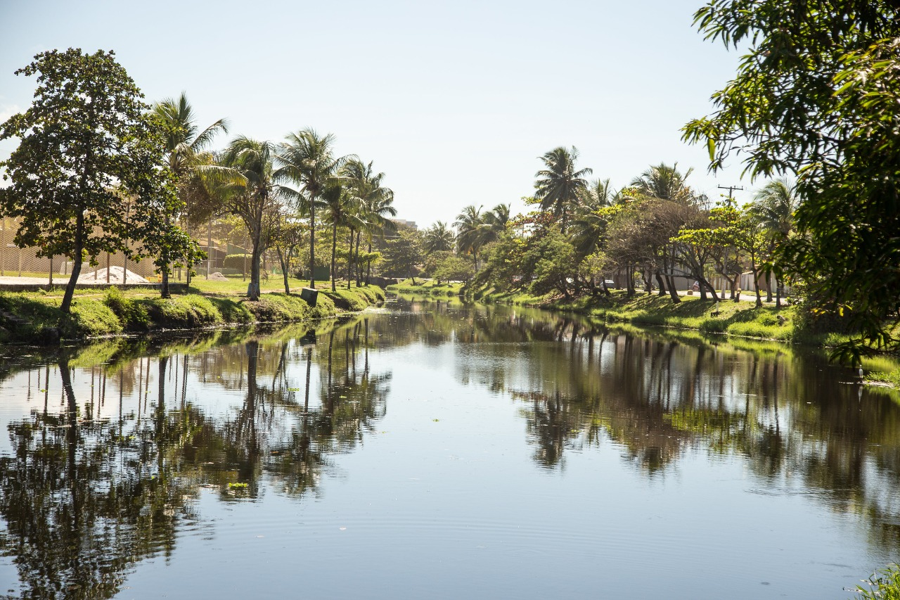 Sesp conclui limpeza do Rio Sapato no trecho de Vilas do Atlântico
