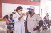 Lauro de Freitas continua aplicação da 2ª dose da Pfizer nesta sexta-feira (22). Mais de 98 mil pessoas já receberam as duas doses ou dose única no município