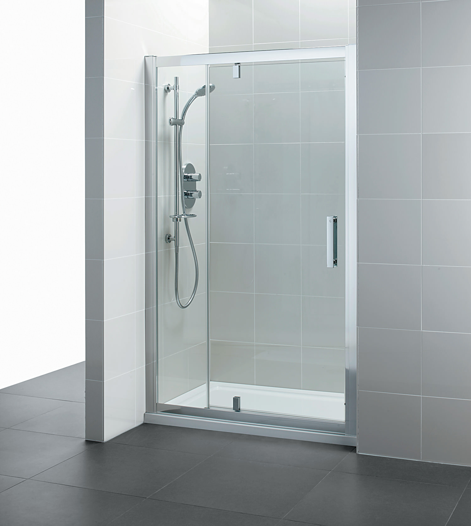 Ideal Standard Synergy 1200mm Pivot Shower Door And Inline Panel