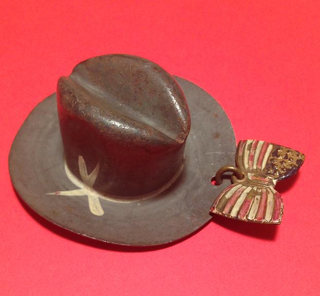 Roosevelt hat pin