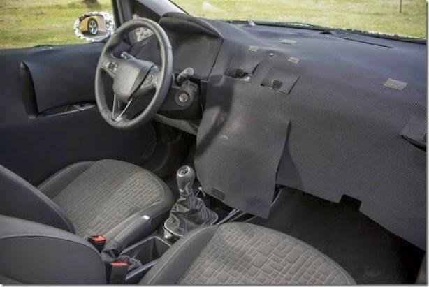 2015-Opel-Vauxhall-Corsa-13