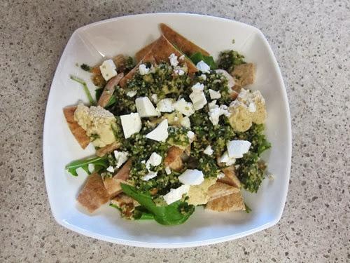 greek pita salad 045