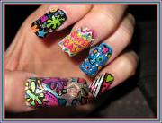 nicki minaj nail design