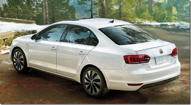 Volkswagen-Jetta_Hybrid_2013_1600x1200_wallpaper_07