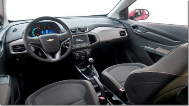 Chevrolet-Prisma-LT-2013-Brazil-074