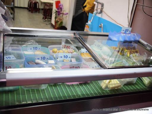 【食記】台中海龜滷味@北區中友百貨&一中街 : 工程師的口味XD 中式 北區 區域 台中市 宵夜 飲食/食記/吃吃喝喝