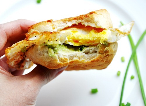 fried egg avocado 071