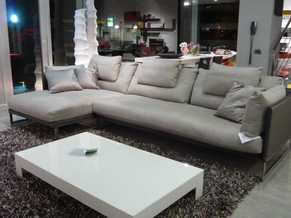 Saba divani mod Livingstone visibile nella nostro show