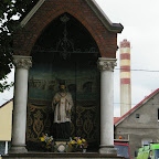 Small streetside chapel on Bożogrobców in Chorzów Stary, power station in backgrond.