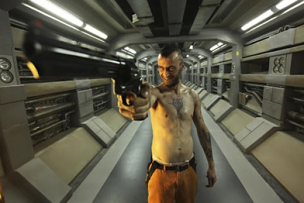 lockout-joseph-gilgun-as-hydell-20121