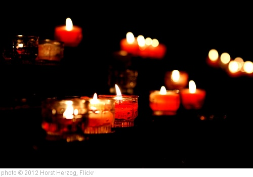 'Candles' photo (c) 2012, Horst Herzog - license: http://creativecommons.org/licenses/by-sa/2.0/