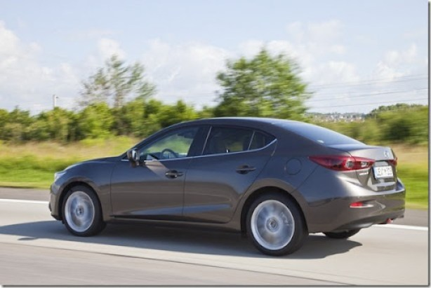 New-2014-Mazda3-Sedan-4[1]