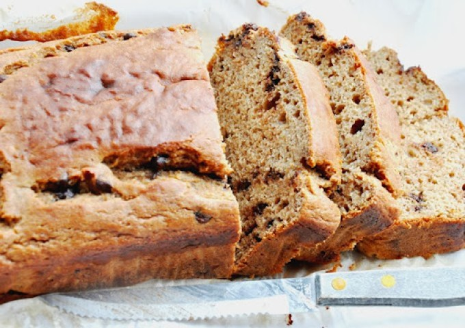chocolate chip buttermilk banana bread 009