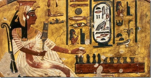 Nefertiti jogando Senet