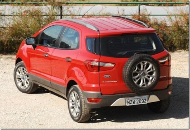 Ford EcoSport 2013 (1)[3]
