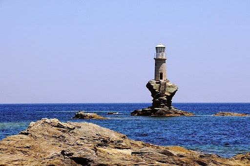 tourlitis-lighthouse-4