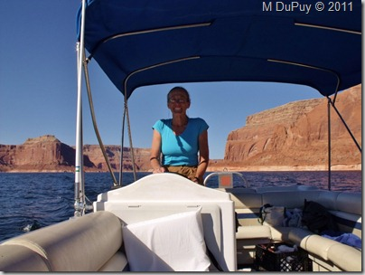 04 Gaelyn at the helm Lake Powell UT (1024x768)