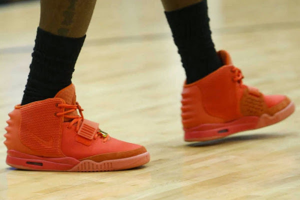 """LeBron James Practices In The """"Red October"""" Nike Air Yeezy"""