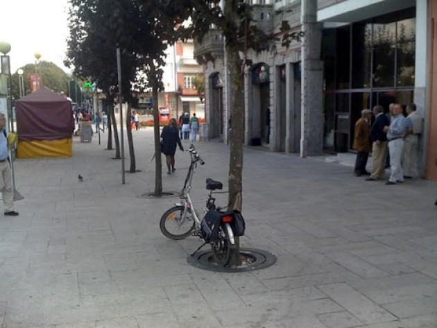 Estacionamento bici 013