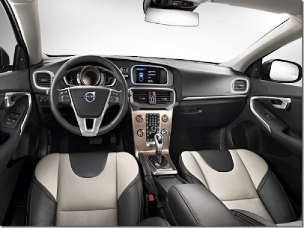autowp.ru_volvo_v40_cross_country_12[3]