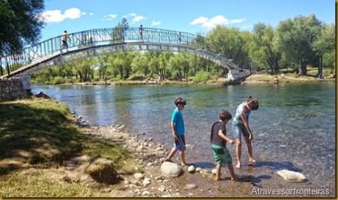 rio em Junin de Los Andes